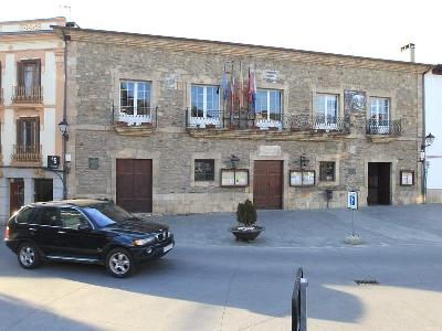 Foto de Villafranca mejora el acceso a la casa consistorial con 202.000 euros de ayuda