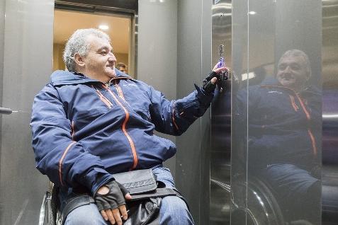 Foto de El Ayuntamiento de Villafranca estrena ascensor para que las personas con movilidad reducida puedan acceder a todos los servicios