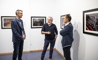Foto de El fotógrafo villafranquino J. A. Robés ilustra textos de Antonio Pereira en la exposición
