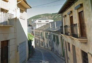 Foto de Villafranca del Bierzo renueva la red de abastecimiento de la calle Libertad por 190.000€